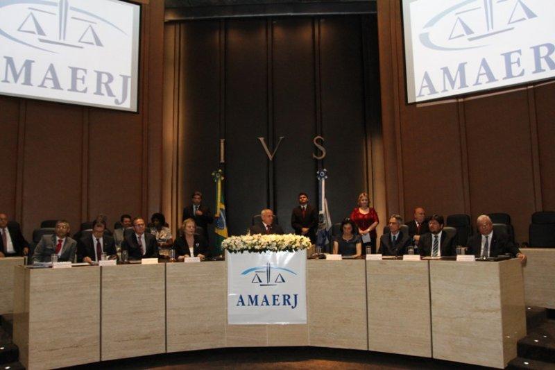 Posse da nova diretoria da Amaerj – 31/01/2014